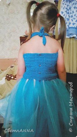 Вот такое комбинированное платье было мной сделано до со малышки. Вверх связан в две нити  пряжей Ромашка цвет 3010 и alize forever simli с металлизированной нитью цвет 16 фото 4