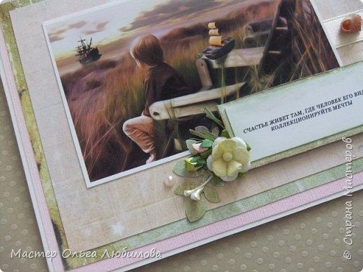 Есть открытки с днем рождения, с Новым годом, с 8 Марта, одним словом, к празднику или торжественному случаю. Но иногда нужна открытка, которая бы, например, своим сюжетом или смыслом поддержала близкого или родного человека, подбодрила, дала уверенности, стала признанием в любви, в чувствах. Мне бы хотелось показать и предложить вариант открытки, где есть сюжет и две строчки слов, в которых  заложен определенный смысл. С одной стороны, вроде бы так просто и понятно, а с другой- есть над чем поразмыслить и подумать. А если вдруг захочется добавить к сказанному несколько слов, то внутри открытки есть специально оформленная страничка для текста. Так что, мыслям будет где развернуться фото 3