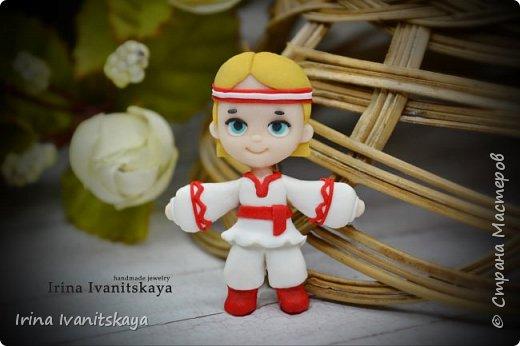 В этом мастер-классе я покажу как сделать куколку чиби в славянском стиле из полимерной глины. фото 3