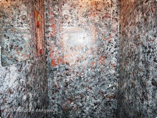 Здравствуйте, мои дорогие друзья! А расскажу я вам сегодня историю о том, как наш старенький и страшненький  лифт стал новеньким и красивеньким ! фото 4