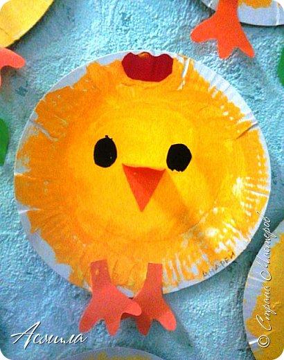 Весёлых тарелочных цыплят делали с трёхлетками ещё по осени.  Также  можно приурочить изготовление таких цыпляток к празднику Пасхи. И в летние деньки такая поделка  будет актуальна. фото 3