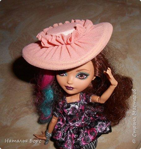 Всем ЗДРАВСТВУЙТЕ!!! Сегодня я хочу показать, как я делаю шляпки для кукол - барышень.Такие шляпки подходят как для игровых, так и для интерьерных кукол. Они не мнутся и не деформируются. Придумала сама, хотя не исключаю возможности, что подобный МК кто-то мог выложить и до меня... фото 22