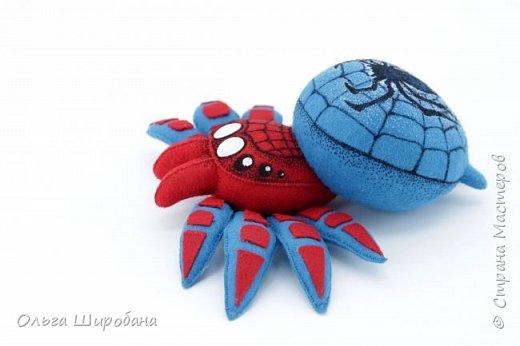 Здравствуйте.  Если уж шить пауков-супергероев, то куда же без Человека-паука ? фото 5