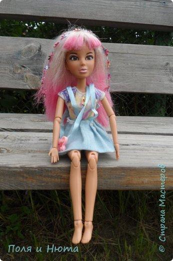 """Здравствуйте, жители Страны Мастеров! Сегодня я сдаю работу на конкурс Liza_Fox """" Мисс Июль"""". Для него у меня пошился вот такой комбинезончик. А теперь небольшая фотосессия! фото 3"""