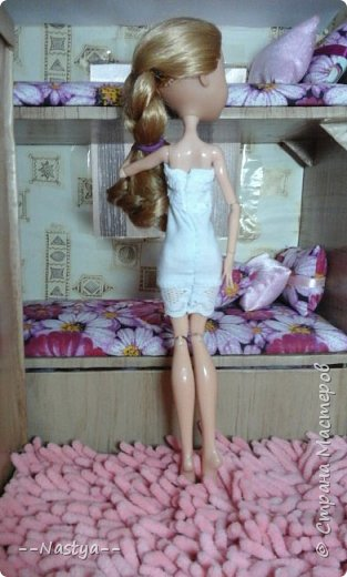 Доброе время суток! Решила я устроить для своих куклят ночёвку. Так же показать их ночнушки и комнату. фото 6
