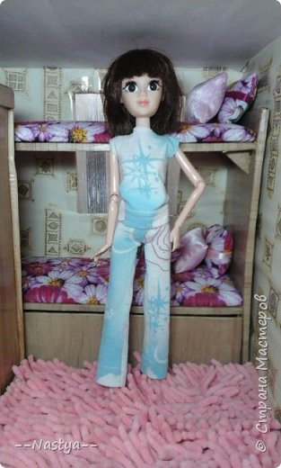 Доброе время суток! Решила я устроить для своих куклят ночёвку. Так же показать их ночнушки и комнату. фото 8