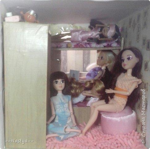 Доброе время суток! Решила я устроить для своих куклят ночёвку. Так же показать их ночнушки и комнату. фото 14