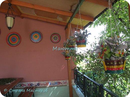 """Я уже вам показывала свою """"мексиканскую"""" террасу http://stranamasterov.ru/node/819975 . Продолжаю ее потихоньку дополнять. Вот, сделала композиции из искусственных веток, и к ним - кашпо фото 7"""