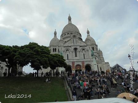 Дорогие друзья! Приглашаю Вас на небольшую экскурсию по Парижу. И вначале, разумеется, символ города - Эйфелева башня. фото 8
