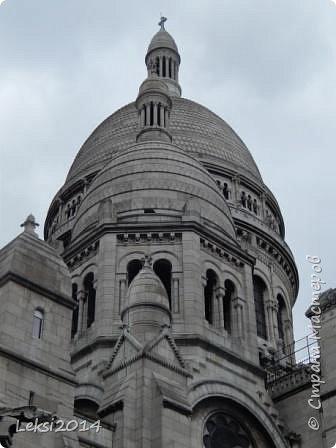 Дорогие друзья! Приглашаю Вас на небольшую экскурсию по Парижу. И вначале, разумеется, символ города - Эйфелева башня. фото 9