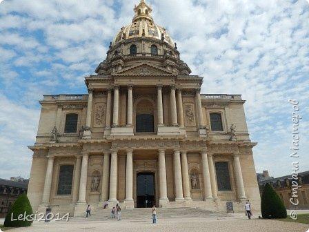 Дорогие друзья! Приглашаю Вас на небольшую экскурсию по Парижу. И вначале, разумеется, символ города - Эйфелева башня. фото 22