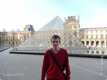 Дорогие друзья! Приглашаю Вас на небольшую экскурсию по Парижу. И вначале, разумеется, символ города - Эйфелева башня. фото 24