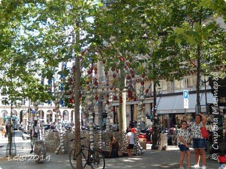 Дорогие друзья! Приглашаю Вас на небольшую экскурсию по Парижу. И вначале, разумеется, символ города - Эйфелева башня. фото 58