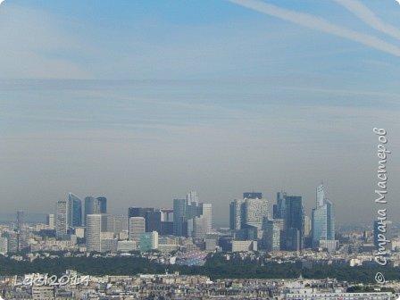 Дорогие друзья! Приглашаю Вас на небольшую экскурсию по Парижу. И вначале, разумеется, символ города - Эйфелева башня. фото 44