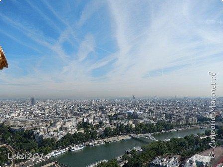Дорогие друзья! Приглашаю Вас на небольшую экскурсию по Парижу. И вначале, разумеется, символ города - Эйфелева башня. фото 43