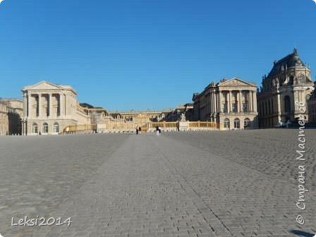 Дорогие друзья! Приглашаю Вас на небольшую экскурсию по Парижу. И вначале, разумеется, символ города - Эйфелева башня. фото 48