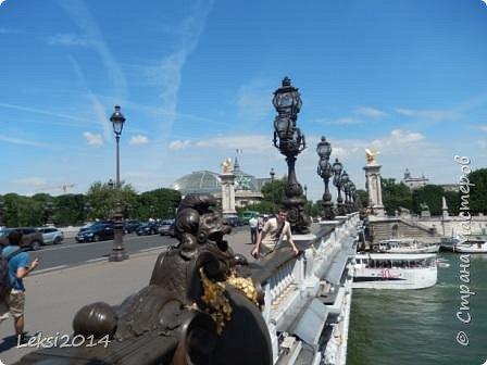 Дорогие друзья! Приглашаю Вас на небольшую экскурсию по Парижу. И вначале, разумеется, символ города - Эйфелева башня. фото 57