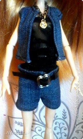 """Всем привет! Мы с Амелией участвуем в конкурсе """"Мисс Июль"""". Специально для конкурса я сшила вот такой вот летний джинсовый костюмчик с топиком.  фото 2"""