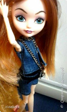 """Всем привет! Мы с Амелией участвуем в конкурсе """"Мисс Июль"""". Специально для конкурса я сшила вот такой вот летний джинсовый костюмчик с топиком.  фото 6"""