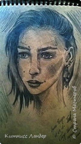 Предпоследняя часть портретной эпопеи. Недавно вспомнила, продолжила рисовать.  фото 1