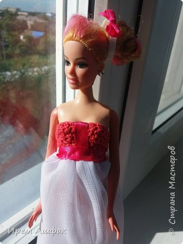 """Всем привет! Представляю свою работу на конкурс """"Мисс Июль"""". Появилось у меня настроение шить-и вот результат! Получился довольно симпатичный сарафан. Верх вязаный, а низ из легкой ткани. У кого-то в СМ я уже видела подобное, очень понравилась идея и я решила ее воплотить! Дальше просто немного фото... фото 3"""