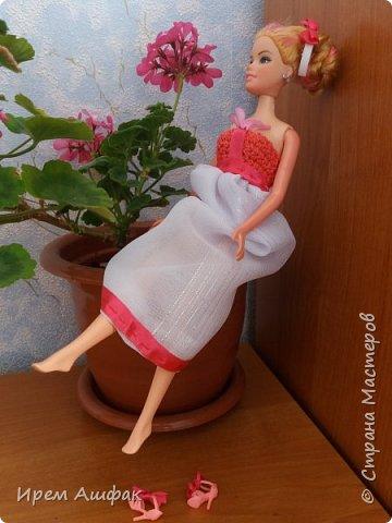 """Всем привет! Представляю свою работу на конкурс """"Мисс Июль"""". Появилось у меня настроение шить-и вот результат! Получился довольно симпатичный сарафан. Верх вязаный, а низ из легкой ткани. У кого-то в СМ я уже видела подобное, очень понравилась идея и я решила ее воплотить! Дальше просто немного фото... фото 9"""