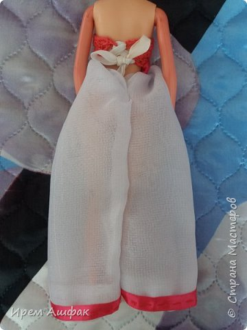 """Всем привет! Представляю свою работу на конкурс """"Мисс Июль"""". Появилось у меня настроение шить-и вот результат! Получился довольно симпатичный сарафан. Верх вязаный, а низ из легкой ткани. У кого-то в СМ я уже видела подобное, очень понравилась идея и я решила ее воплотить! Дальше просто немного фото... фото 11"""