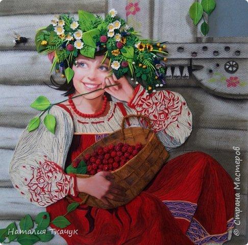 """Здравствуйте, дорогие друзья, жители замечательной Страны Мастеров!!! Хочу показать вам летнюю работу к моей коллекции """"Времена года"""". Лето - самое теплое и яркое время, не удивительно, что для большинства людей это любимый период в году. Лето нас радует яркими красками летних цветов, в сколько их и не перечесть. И конечно разными вкусными ягодами... Все цвета радуги радуют глаз. Много писать не буду. Хочу пожелать всем вам счастья и добра!!! Хорошего настроения!!! В свою коллекцию подобрала работу Татьяны Дорониной и вот сделала в своей любимой технике квиллинг с добавлением элементов в технике бумагопластика. Формат картины - 40 х 40 см. Фон - бумага для пастели, тонировала сухими мелками для пастели. Использовала бумажные полосы - 1,5 мм. Приятного просмотра!!!   фото 1"""