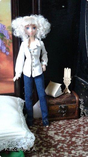 Дорогие друзья, предсставляю вам три комплекта нижнего белья для кукол. Моей моделью будет Даниэлла, прекрасная белокурая нимфа. фото 15
