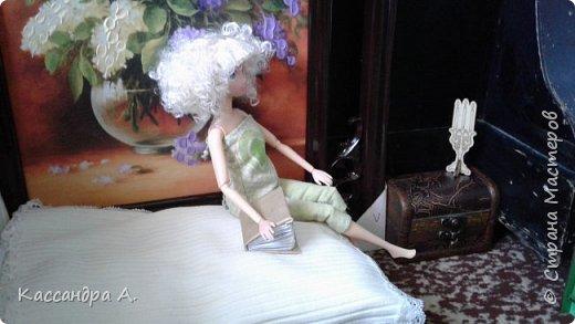 Дорогие друзья, предсставляю вам три комплекта нижнего белья для кукол. Моей моделью будет Даниэлла, прекрасная белокурая нимфа. фото 2