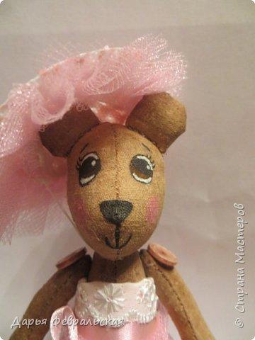 Приветствую жителей Страны Мастеров! Этот  мишка был сделан на день рождение подруге и уже уехал к ней домой) фото 1