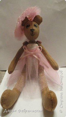 Приветствую жителей Страны Мастеров! Этот  мишка был сделан на день рождение подруге и уже уехал к ней домой) фото 6