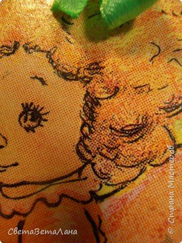 ну вот, фотик мой подзарядился и я могу выставить еще одну мою декупажность......подСолнечный Ангелок или оранжевое лето......была салфетка с желто-оранжевым ангелочком , решила объиграть её подсолнушками........ фото 2
