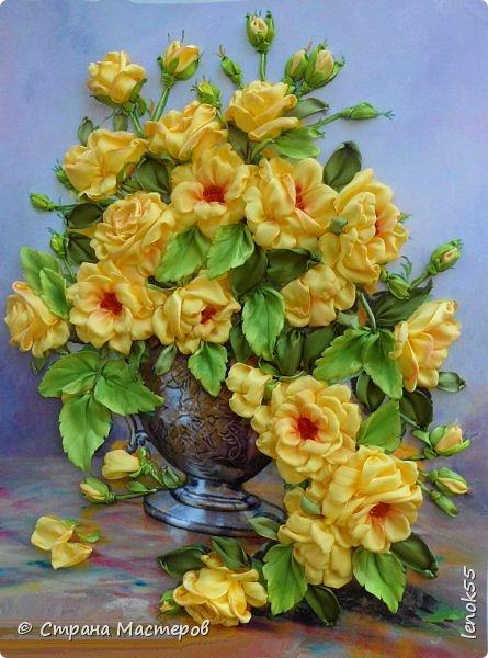 ваза сделана в технике трапунто )) фото, к сожалению, не передает 3D эффект фото 2