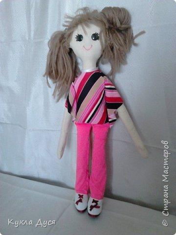 Игровая кукла,рост-55 см, одежда снимается,прическа на выбор обладателя.Создаст доброе настроениеи будет верной кукольной подругой ребенку фото 3