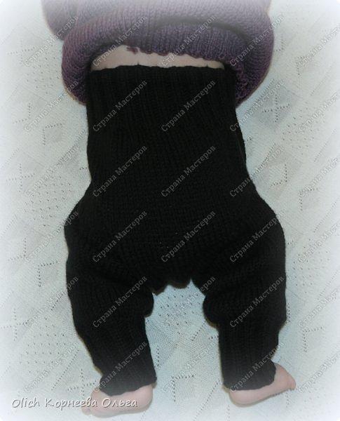 Здравствуйте. Хочу поделиться простым способом вязания штанишек для малыша. Комплект вязала для своего сыночка, на фото ему 5 месяцев. Вязала с небольшим запасом, сейчас жаркое лето, а вот месяца через 2-3 прохладными осенними денечками этот комплект будет очень кстати. фото 5