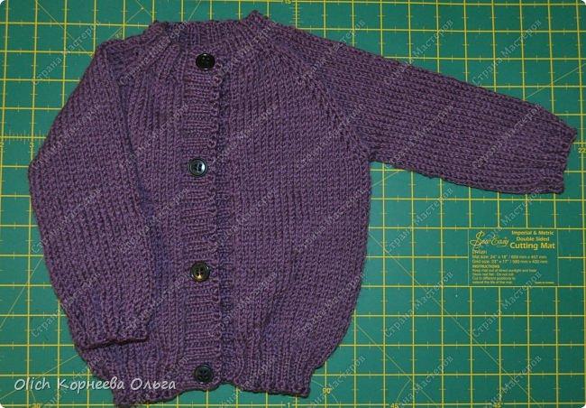 Здравствуйте. Хочу поделиться простым способом вязания штанишек для малыша. Комплект вязала для своего сыночка, на фото ему 5 месяцев. Вязала с небольшим запасом, сейчас жаркое лето, а вот месяца через 2-3 прохладными осенними денечками этот комплект будет очень кстати. фото 27