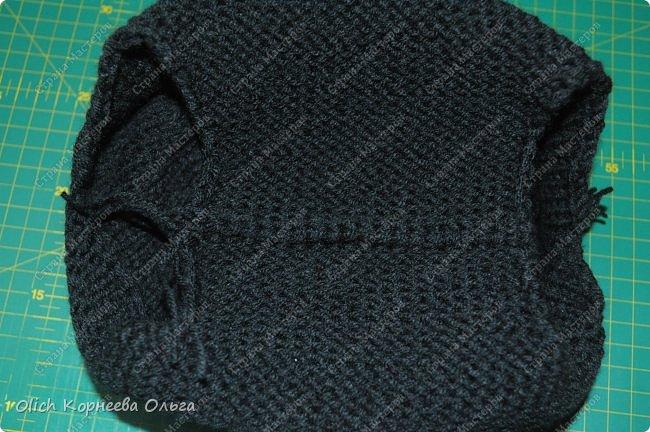 Здравствуйте. Хочу поделиться простым способом вязания штанишек для малыша. Комплект вязала для своего сыночка, на фото ему 5 месяцев. Вязала с небольшим запасом, сейчас жаркое лето, а вот месяца через 2-3 прохладными осенними денечками этот комплект будет очень кстати. фото 16