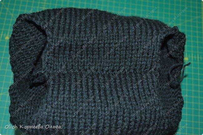Здравствуйте. Хочу поделиться простым способом вязания штанишек для малыша. Комплект вязала для своего сыночка, на фото ему 5 месяцев. Вязала с небольшим запасом, сейчас жаркое лето, а вот месяца через 2-3 прохладными осенними денечками этот комплект будет очень кстати. фото 17