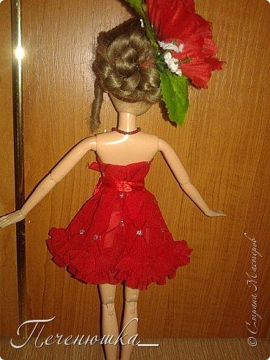 """Всем привет!!! Сегодня я к  вам с работой на конкурс """"Мисс июль"""" . Для конкурса я сшила красное платье. на данный образ меня натолкнула моя заколка, которую я случайно нашла в шкафчике, и тогда я решила, сделать девушку в образе алого цветка - мака.  фото 9"""