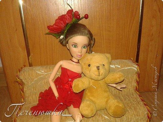 """Всем привет!!! Сегодня я к  вам с работой на конкурс """"Мисс июль"""" . Для конкурса я сшила красное платье. на данный образ меня натолкнула моя заколка, которую я случайно нашла в шкафчике, и тогда я решила, сделать девушку в образе алого цветка - мака.  фото 7"""