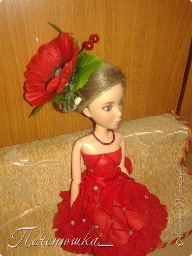 """Всем привет!!! Сегодня я к  вам с работой на конкурс """"Мисс июль"""" . Для конкурса я сшила красное платье. на данный образ меня натолкнула моя заколка, которую я случайно нашла в шкафчике, и тогда я решила, сделать девушку в образе алого цветка - мака.  фото 1"""