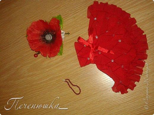 """Всем привет!!! Сегодня я к  вам с работой на конкурс """"Мисс июль"""" . Для конкурса я сшила красное платье. на данный образ меня натолкнула моя заколка, которую я случайно нашла в шкафчике, и тогда я решила, сделать девушку в образе алого цветка - мака.  фото 10"""