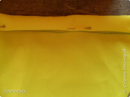 Здравствуй Страна Мастеров! Сегодня я покажу как сделать вот такой мешочек для вещей.(извените за качество фото-ткань очень яркая) Материалы: ткань шнурок нитки по цвету машинка фото 5