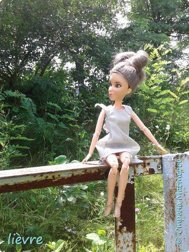 """Всем привет! Сегодня я решила поучавствовать в конкурсе """"Мисс Июль"""" и показать Вам свою работу. Моделью сегодня будет Катерина. Для конкурса я сшила летнее платье. Мне показалось, что для этого образа не обязательна обувь, поэтому сегодня мы будем """"босяком"""". Для начала, прошу меня извинить за качество фотографий. фото 5"""