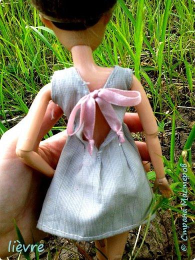 """Всем привет! Сегодня я решила поучавствовать в конкурсе """"Мисс Июль"""" и показать Вам свою работу. Моделью сегодня будет Катерина. Для конкурса я сшила летнее платье. Мне показалось, что для этого образа не обязательна обувь, поэтому сегодня мы будем """"босяком"""". Для начала, прошу меня извинить за качество фотографий. фото 10"""