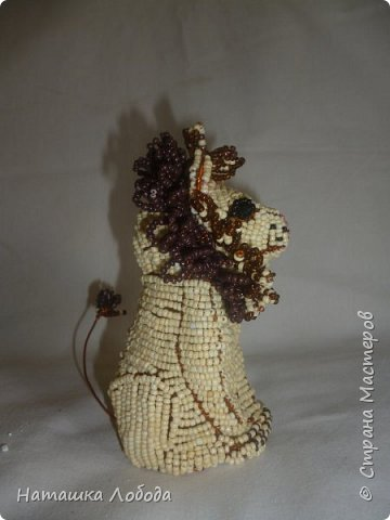 Львенок из бисера на каркасе фото 4