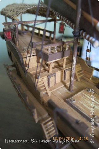 Представляю вашему вниманию модель китайской Джонки. Хочу сразу сказать, что это не копия существовавшего корабля. За основу были взяты сразу несколько моделей, многие детали придумывались самостоятельно. фото 28