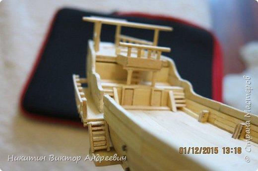 Представляю вашему вниманию модель китайской Джонки. Хочу сразу сказать, что это не копия существовавшего корабля. За основу были взяты сразу несколько моделей, многие детали придумывались самостоятельно. фото 15