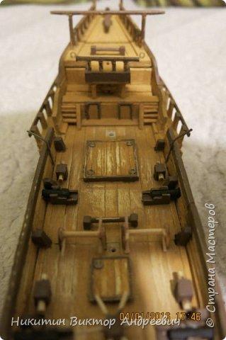 Представляю вашему вниманию модель китайской Джонки. Хочу сразу сказать, что это не копия существовавшего корабля. За основу были взяты сразу несколько моделей, многие детали придумывались самостоятельно. фото 19